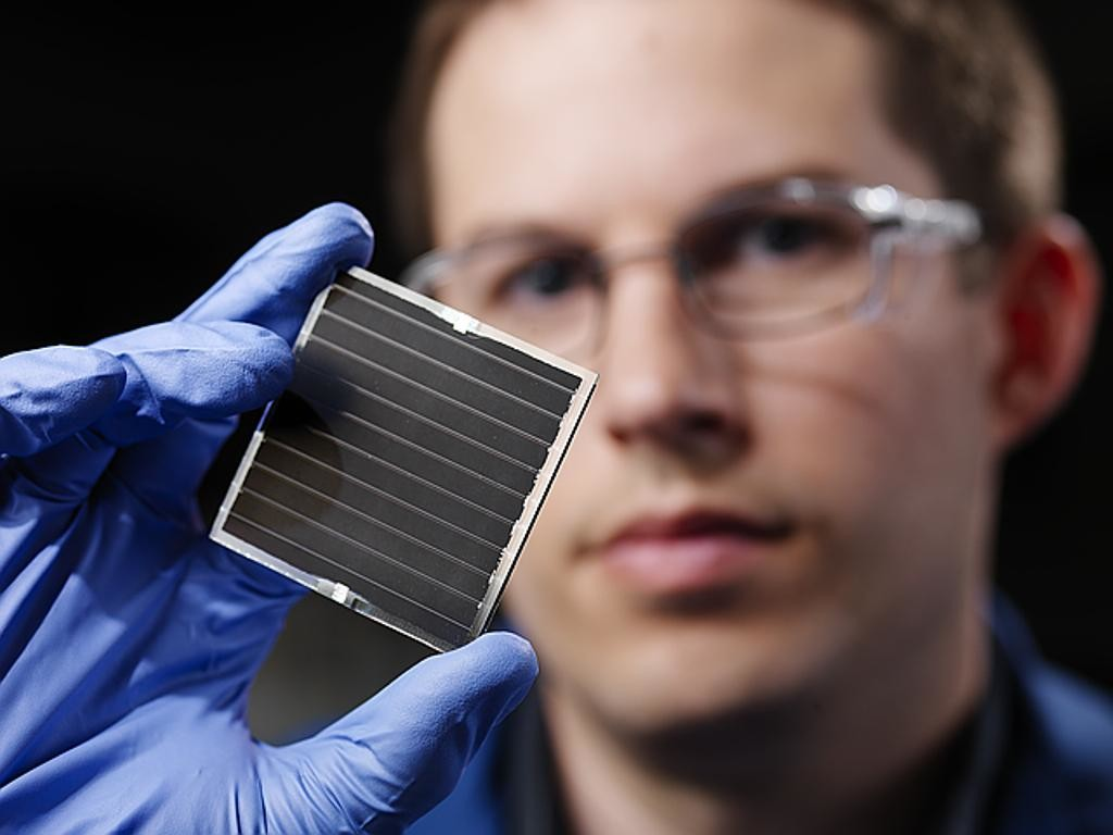 Solar Cell Photo Credit.  Pacific Northwest National Laboratory - PNNL via Foter.com / CC BY-NC-SA